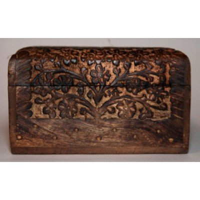 Intricately Carved Wooden Treasure Chest Trinketボックス