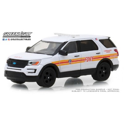 1/64 2017 Ford Interceptor Utility FDNY (The Official Fire Department City of New York) Commissioner...