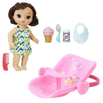 ベビーアライブ 赤ちゃん おままごと ベビー人形 Baby Alive Bundle: Magical Scoops Baby (Brunette) with 2-in-1 Car Seat...