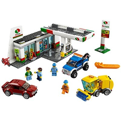 レゴ シティ 60132 LEGO City Town 60132 Service Station Building Kit (515 Piece)レゴ シティ 60132