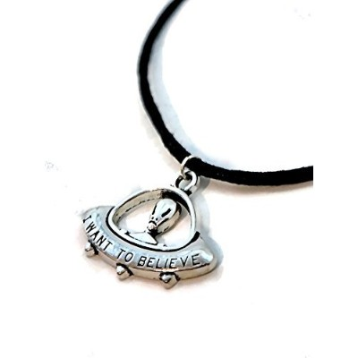 UFO I Want To Believe Alien Spaceship Space Craft Flying Saucer Necklace by dafeige