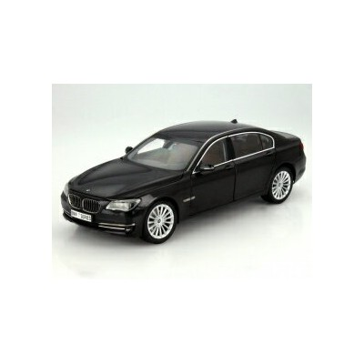 Kyosho 1:18 2013年モデル BMW 750Li LCI(マイナーチェンジモデル) 2013 BMW 750Li F02 7 Series Diecast Car Model 1/18