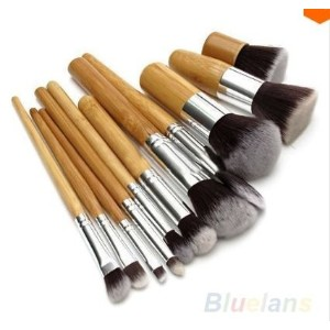 11Pcs Wood Handle Professional Makeup Cosmetic Eyeshadow Foundation Concealer Brush Tool Set...