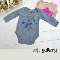 40%off セール sale ベビー ロンパース soft gallery ソフトギャラリー 6M baby 出産祝い ギフト 刺繍 犬 ドッグ 長袖 ボディスーツ ボディ肌着 つなぎ プリント...
