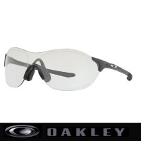 オークリー EVZERO SWIFT 調光レンズ (ASIA FIT) サングラス OO9410-0638 Steel/Clear/Gray Photochromic【Oakley イーブイゼロ...