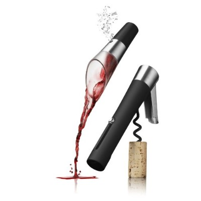 Wineset, waiters corkscrew and decanting pourer vignon by Menu