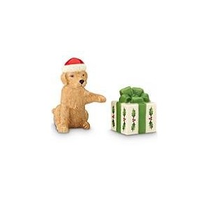 Lenox Dog and present salt and pepper shakersクリスマス