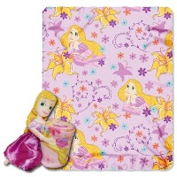 Disney、ラプンツェル、ラプンツェル40-inch-by-50-inchフリースBlanket with Character Pillow by The Northwest会社