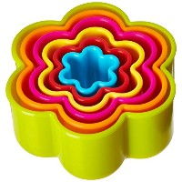 R & M Industries Cookie & Biscuit Scalloped Flower Cutter Set (Set of 6), Multicolor by R & M...