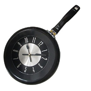 Zhhlaixing クリエイティブ 10inch Colorful Pan Cutlery /Decoration Cafe Kitchen Wall Clock