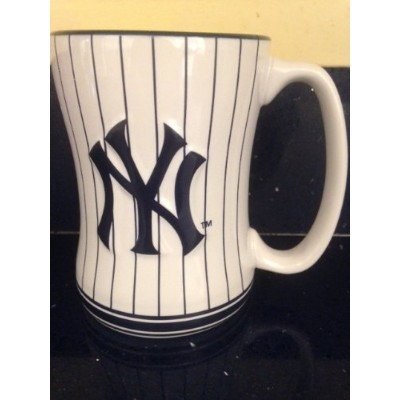 Boelter Brands - New York Yankees Coffee Mug - 14oz Sculpted, Pinstripes by Boelter Brands