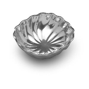 Wilton Armetale Eddy Small Square Serving Bowl、7.25-inch-by-7-inch