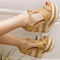 BLENDA Wedges sandals
