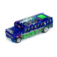 AW S'cool Bus Bl R5 HOスロットカー