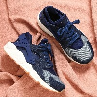 NIKE W AIR HUARACHE RUN SE (ナイキ ウィメンズ エア ハラチ ラン SE) BINARY BLUE/MUSLIN-SAIL-GUM LIGHT BROWN【メンズ...