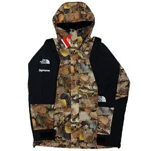 Supreme (シュプリーム) × THE NORTH FACE (ノースフェイス) LEAVES MOUNTAIN LIGHT JKT 【NP516011】