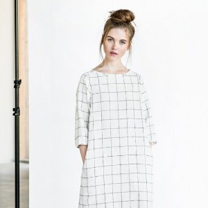 not PERFECT LINEN | WASHED AND SOFT LINEN DRESS (large checks) 着丈90cm