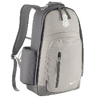 NIKE KYRIE BACKPACK メンズ Dust/Pale Grey/White バックパック リュックサック ナイキ Kyrie Irving カイリー・アービング