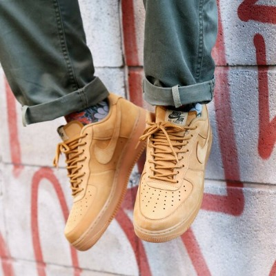 NIKE AIR FORCE 1 '07 WB(ナイキ エア フォース 1 '07 WB)(FLAX/FLAX-GUM LIGHT BROWN-OUTDOOR GREEN)【メンズ レディース...