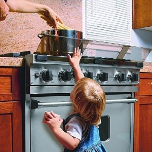 Adjustable Stove Safety Guard by Baby Nursery