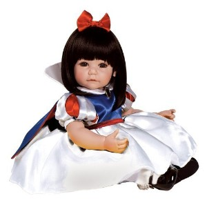 [アメリカ直送] [ディズニー 人形] Adora Baby Doll 20  Classic Snow White (Dark Brown Hair/Brown Eyes) (2012-01-11)