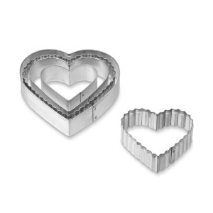 5個のセットです。Crinkle Heart Cookie Cutters