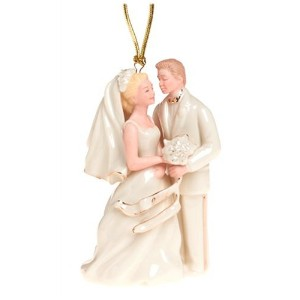 Lenox 2004 Caucasian Bride and Groom磁器オーナメント