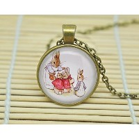 Sunshine Day Peter Rabbit Flopsy Mopsy and Cotton Tail Illustration Beatrix Potterネックレスガラスカボションネックレス