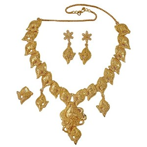 Matra Goldplated Indian Ethnic 3個ネックレスセットDesigner Traditional Bollywoodジュエリー