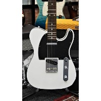 Fender Made in Japan Traditional '60s Telecaster Custom Arctic White 【新品】【おちゃのみず楽器在庫品】