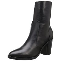 Steve Madden Womens Mareena Boot  Black Leather  6 M US