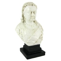 Queen Victoria marble-like Mini Bust Statue英語
