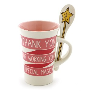 """Enesco 6000544Our Name Is Mud """"特別なMagic """" Stoneware Coffee Mug With Spoonギフトセット、14オンス、ピンク"""