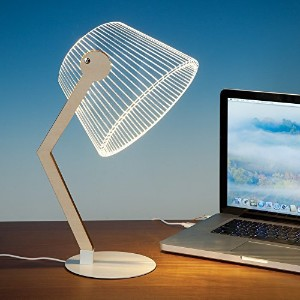 Bits and Pieces–LED 3d Optical Illusionデスクランプ–USBランプfor your deskまたはOffice