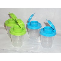 2 Sets of Tupperware Mini Midgets Salt and Pepper Shakers青と緑