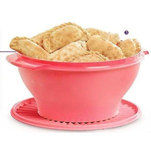 Tupperware Servalierボウル17Cup in Crushed Raspberry