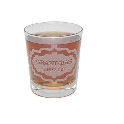 Grandma 's Sippy Cup–Engraved Rocksガラス–13oz–永久にエッチング–Fun & Uniqueギフト