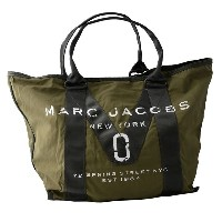 MARC JACOBS (マークジェイコブス) M0011223-313 Army Green ミリタリーロゴプリント トートバッグ A4サイズ対応 New Logo Tote【代引不可】