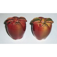 ABC」製品「–のセットセラミック–Apple Shape Salt And Pepper Shakers–アクセントwith Leaves and Stem–Appear to...