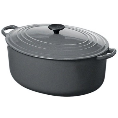 Le Creuset Granite Oval French Oven 2.5QT。
