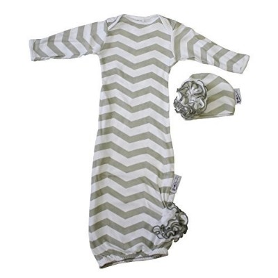Woombie Indian Cotton Gowns Plus Hat, Gray Chevron Girl, 24-30 Lbs by Woombie