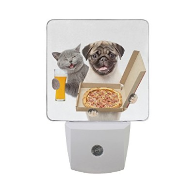 naanleのセット2Funny Cat With Beer and Pug Puppy Dog WithピザボックスホワイトオートセンサーLED Dusk to Dawnナイトライトプラグinイン...