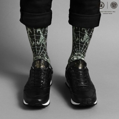 "UBIQ THREE TIDES TATTOO × UBIQ ""IREZUMI"" SOCKS (Dokugumo) Designed by Ganji (スリータイズタトゥー ユービック..."