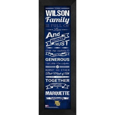 Marquette Golden Eagles Personalized Family Cheer Framed Print ユニセックス