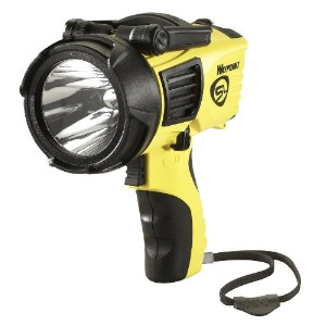 Streamlight 44910 Waypoint 1000-ルーメン スポットライト with 120-Volt AC Charger, イエロー 「汎用品」(海外取寄せ品)