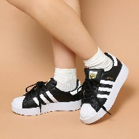 adidas Originals SUPERSTAR BD W (アディダス オリジナルス スーパースター ボールド) (Core Black/Running White/Gold Mett) ...