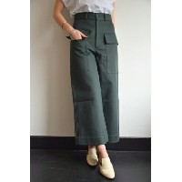 STUDIO NICHOLSON(スタジオニコルソン)/VENTURA / ITALIAN COTTON TWILL MODERN CROPPED FLARE(FOREST)