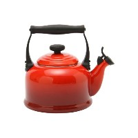 【Le Creuset ル・クルーゼ】ルクルーゼ ケトル/やかん Traditional Whistling Kettle チェリーレッド920008-00 新生活 [並行輸入品]