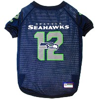 Seattle Seahawks XXL 12th Man Jersey Dogs Gear up Big Game Outdoor Play Time