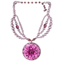 TARINA TARANTINO VINTAGE RESIN FLOWER PENDANT NECKLACE PU[正規輸入品]
